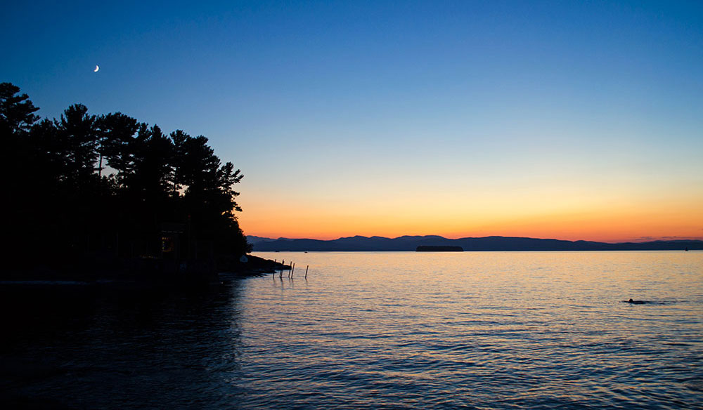 Sunset over Lake Champlain at Oakledge Park in Burlington Vermont